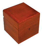 <div>5 inch Simple Square Box</div><div><br></div>